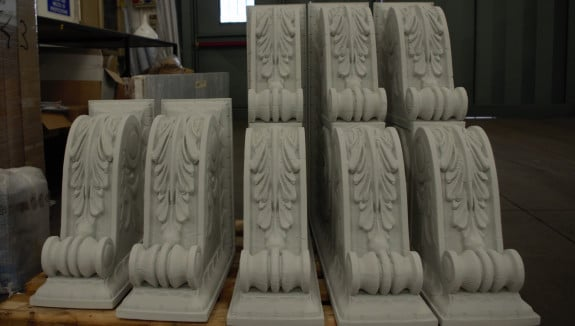 The 3D printed capitals. Image via Massivit 3D