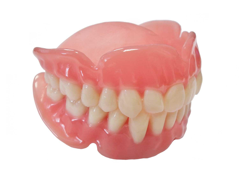 A model of a dental base made with E-Denture 3D+. Image via envisionTEC