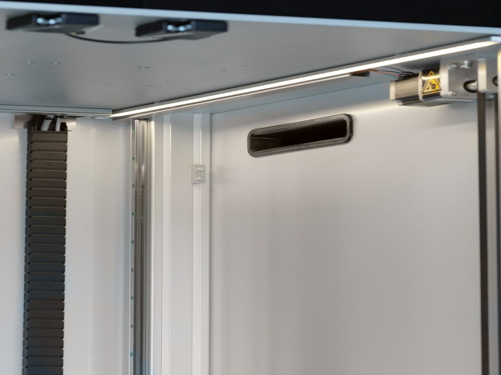 The Extreme 2000 Pro air filter and door system. Photo via Builder 3D Printers