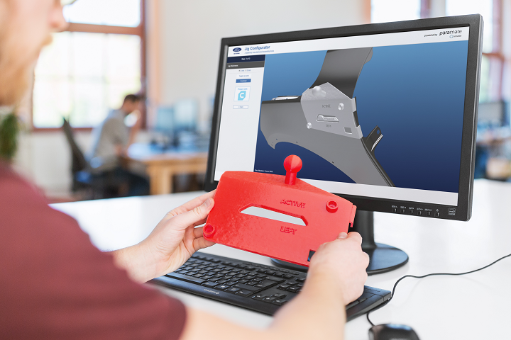 Jig configuration solution for a 3D printed part. Photo via Trinckle.