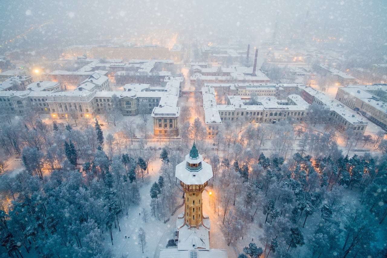 An aerial view of the Peter the Great St. Petersburg Polytechnic University. Image via mun: planet