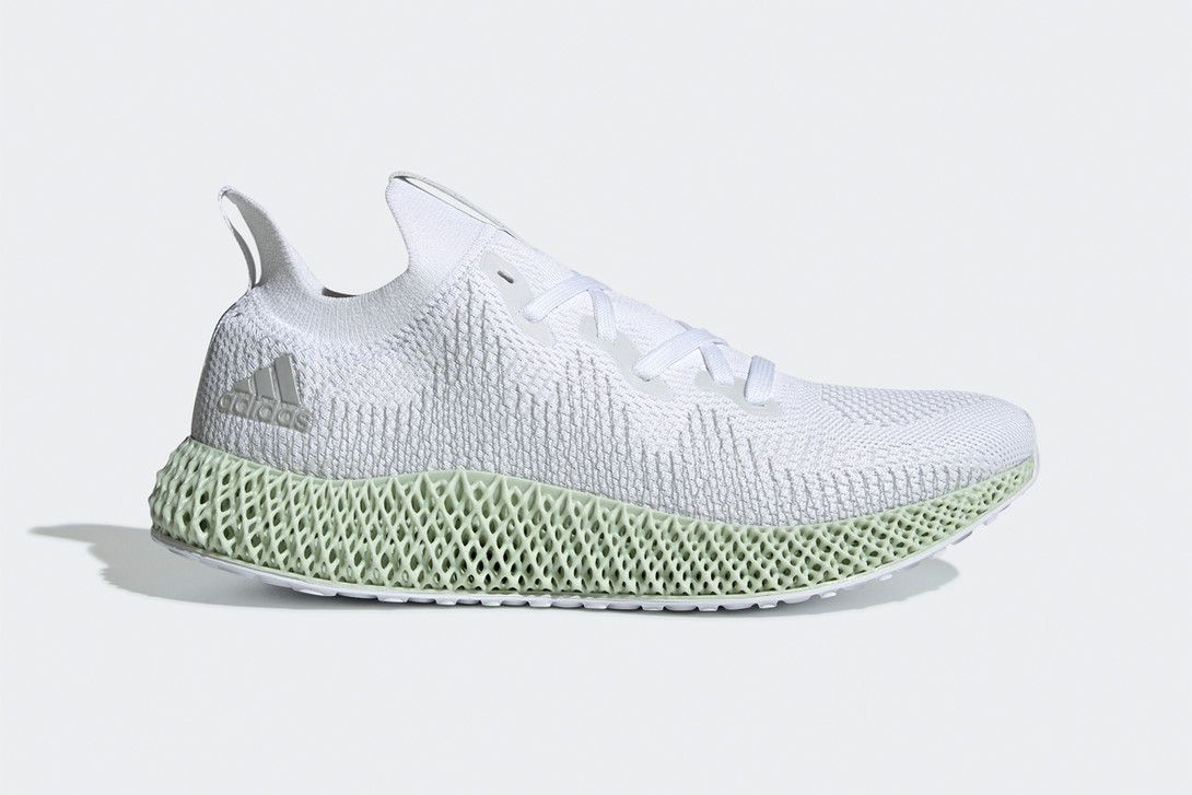The AlphaEDGE 4D shoe. Photo via Carbon.
