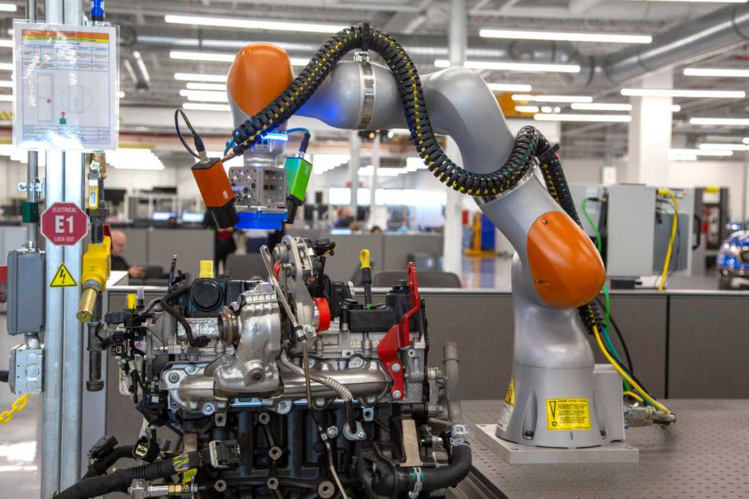 A collaborative robot at the Detroit facility. Photo courtesy of Mandi Wright, Detroit Free Press