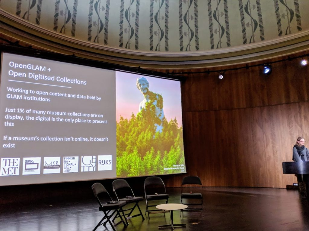 Jonathan Beck speaking at the Victoria and Albert Museum. Photo by Michael Petch.