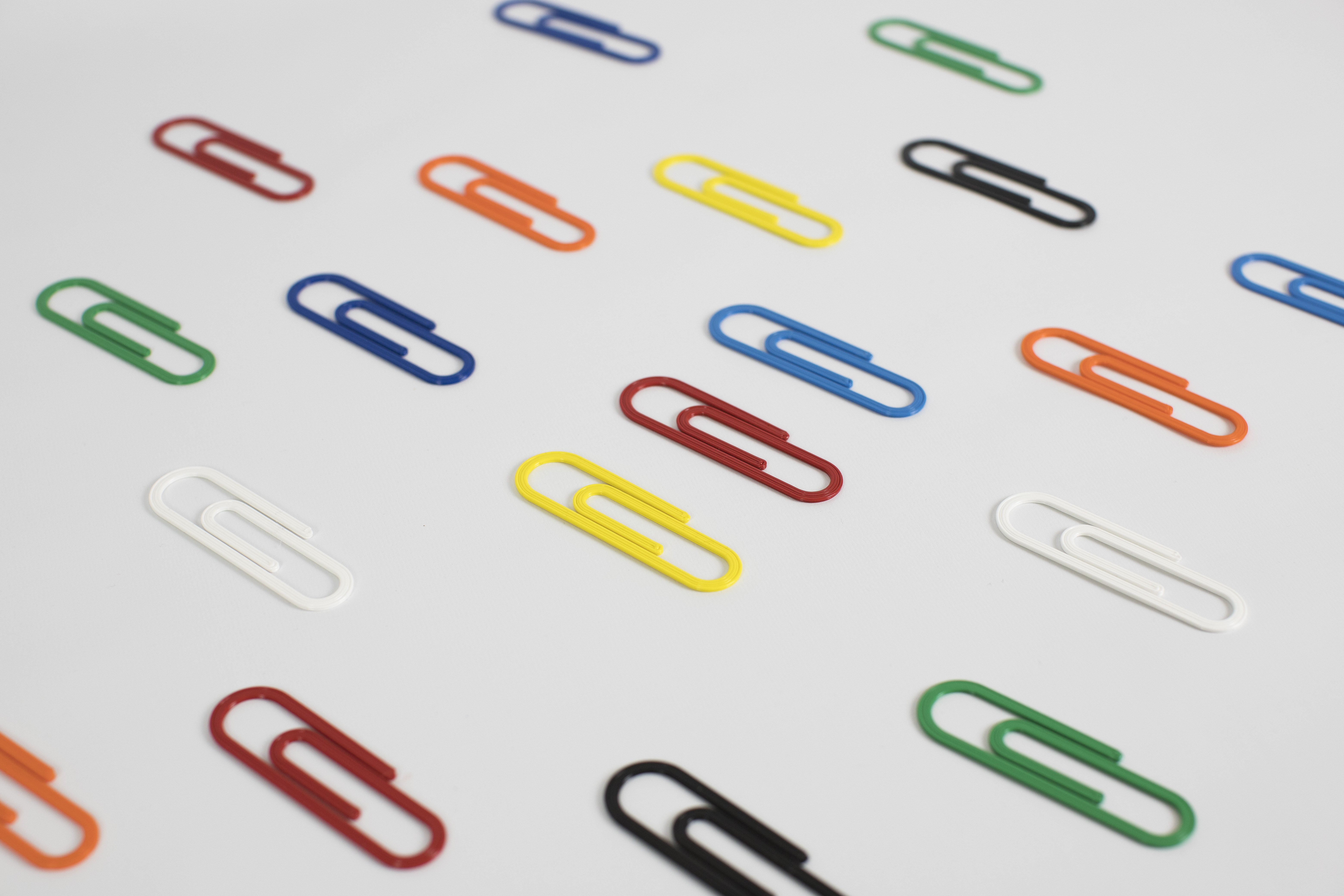 3D printed biodegradable paper clips for Paperchase. Photo via Batch.Works.