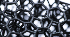 Closeup of 3D printed lattice struts for the Precision-Fit SpeedFlex Precision Diamond helmet lining. Photo via Carbon