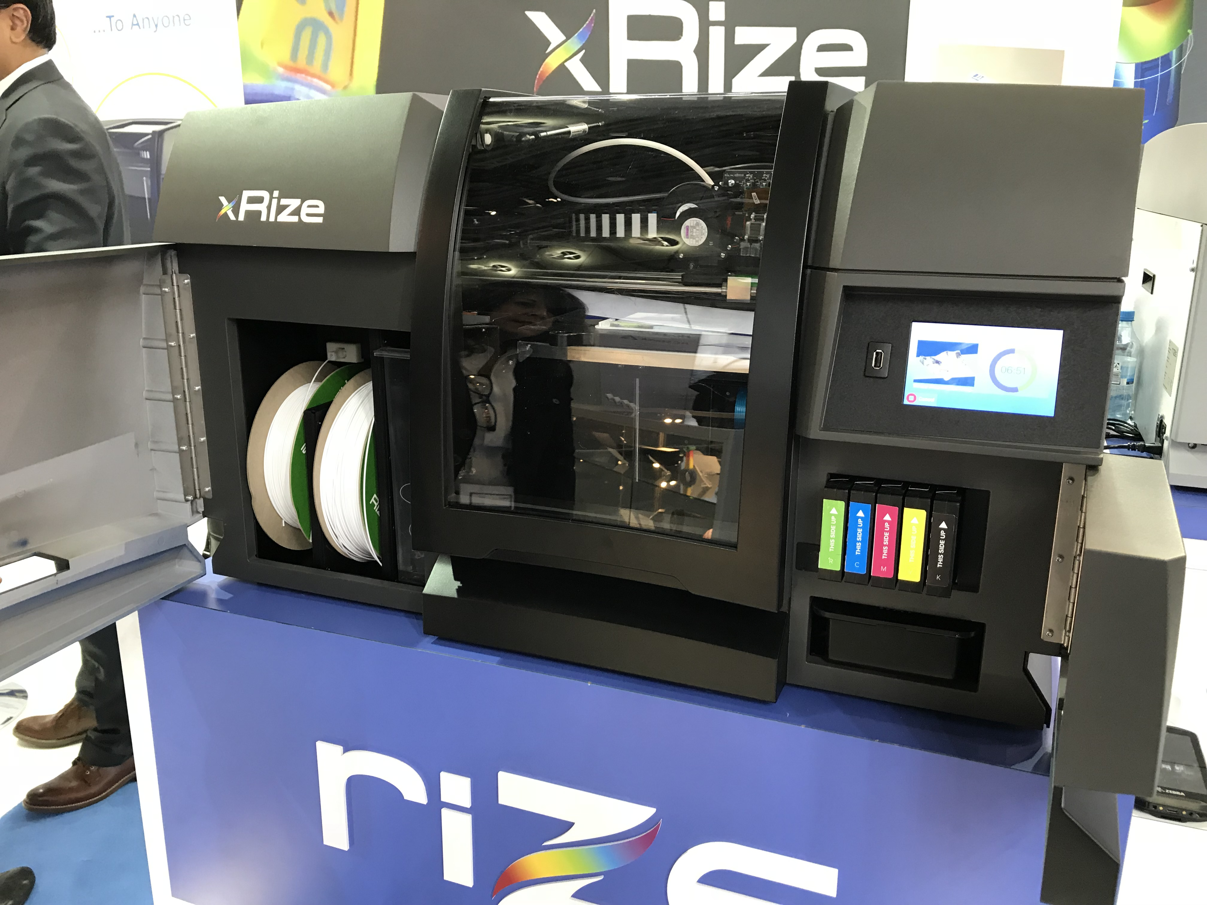 The XRIZE 3D printer at Formnext 2018. Photo by Beau Jackson