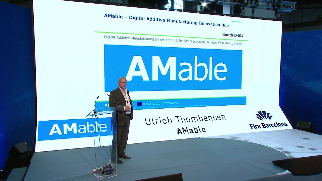 Ulrich Thombansen, from AMable, presenting at the IN(3D)USTRY 2018 in Barcelona. Image via AMable.