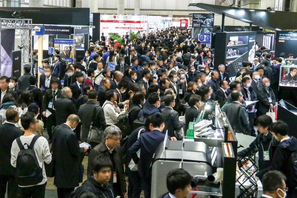 Visitors to the first Advanced 3D Printing EXPO in 2019. Photo via Reed Exhibitions Japan