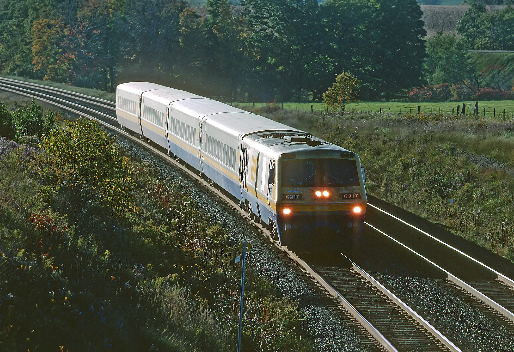 An LRC locomotive, manufactured by Bombardier Transportation. Image via Bombardier Transportation