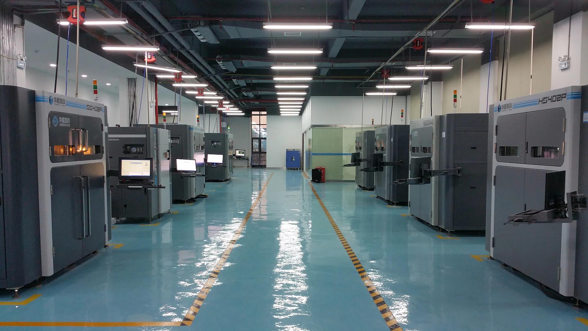 A 3D printing facility of Varia 3D. Image via Varia 3D.