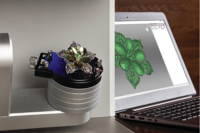The Artec Micro 3D scanning jewelry. Photo via Artec 3D.