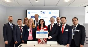 GE Additive and TEI signing ceremony at Paris Air Show 2019. Photo via GE Additive.