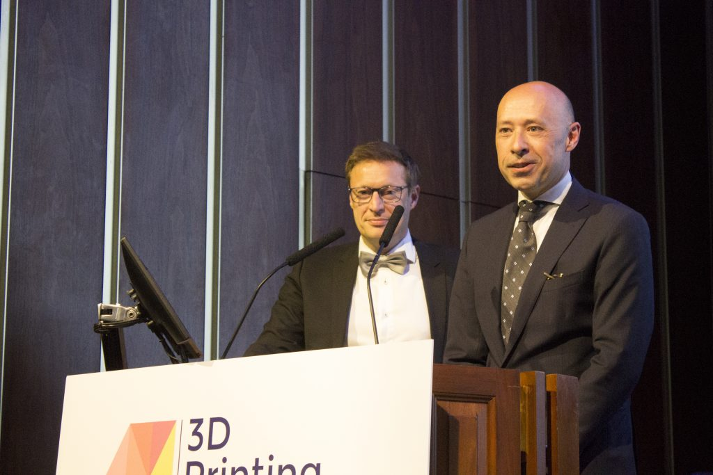 Dick Moerkens (L), SVP R&D and Nuno Campos (R), CMO, Ultimaker, accept Cura's award for 2019 Software Tool of the Year. Photo by Felix Li for 3D Printing Industry