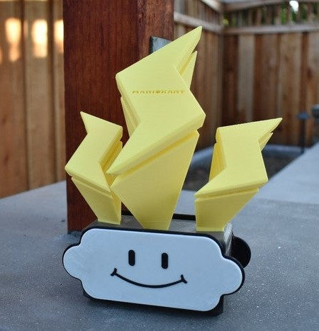 The Mario Kart 8 Lightning Cup trophy. Photo via Brent Werder/Thingiverse.