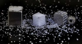 template of salt structure (centre) 3D printed by ETH researchers. Photo via ETH Zurich.