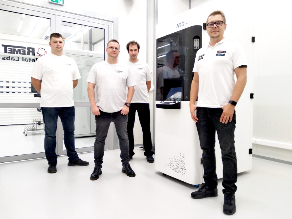 ATO Lab metal atomizer at Remet Metal Labs facility. Photo via 3D Lab.