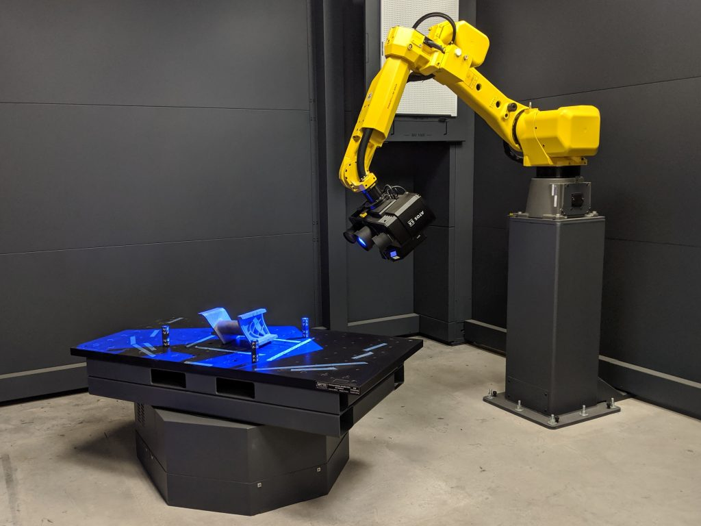Large 3D scanner and automated turntable in use at the Innovation Center. Photo by Dayton Horvath for 3D Printing Industry