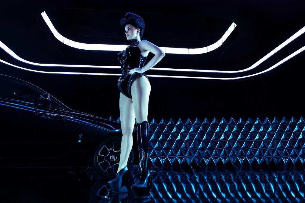 Viktoria Modesta sporting the custom made prosthetic leg and bodice which both incorporate 3D printing. Photo via Rolls Royce Motor Cars.