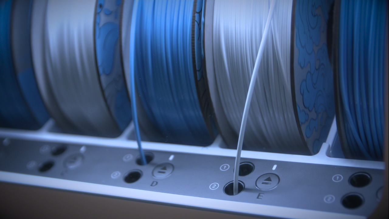 The sustainable 3D printing certification filament made from PET water bottles. Photo via KLM Royal Dutch Airlines.
