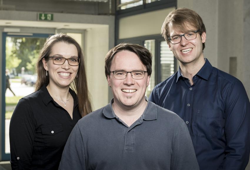 The Glassomer Team: From left to right: Dorothea Helmer, Bastian Rapp and Frederik Kotz. Photo via Glassomer.