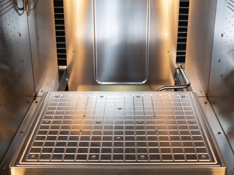 Inside the ARGO 350 3D printer. Photo via ROBOZE.