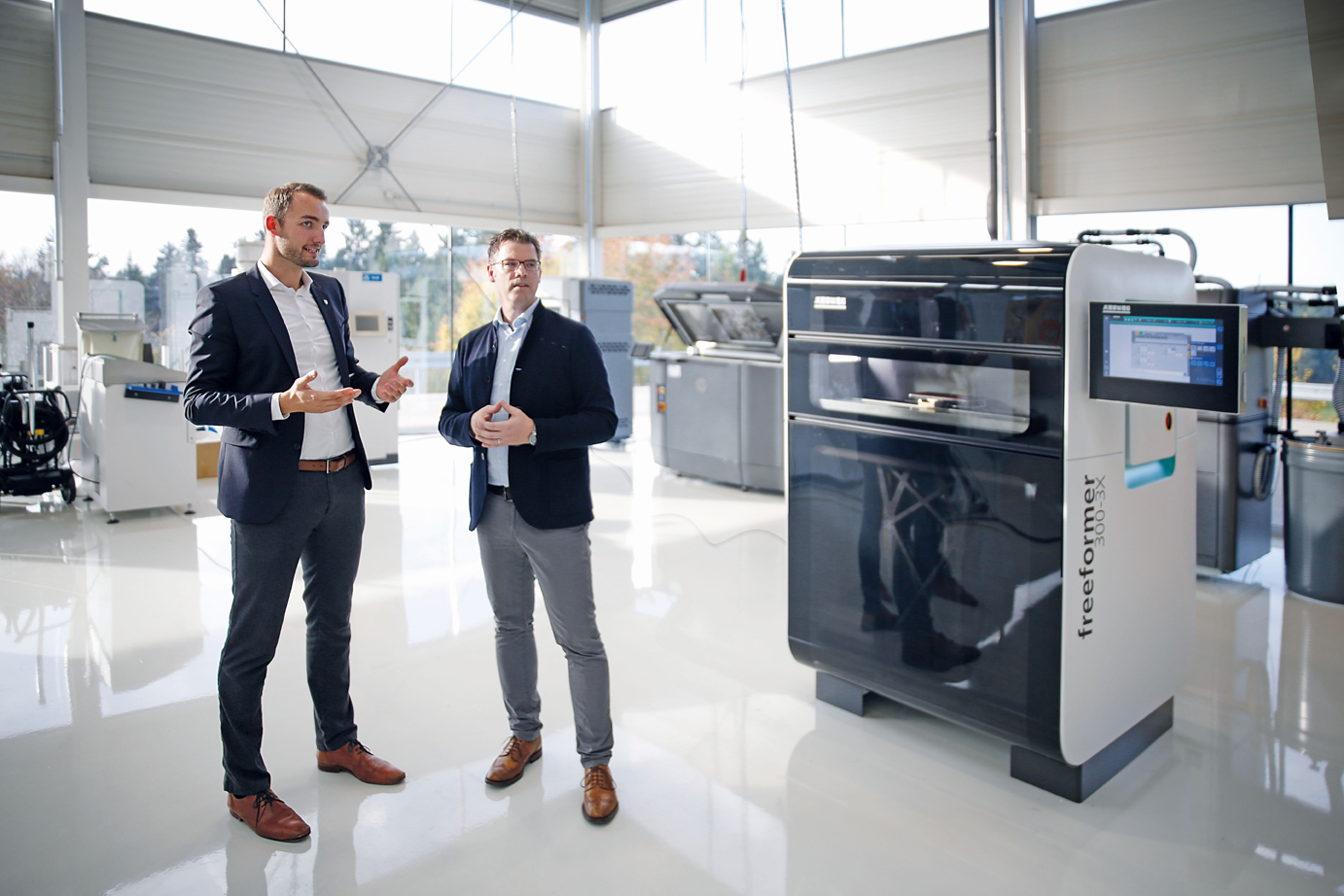The two General Managers of Röchling Direct Manufacturing GmbH, Jens Harmeling (left) and Dr. Axel Höfter, are in charge of the Röchling Direct Manufacturing Center. Photo via Wolfgang Martini.
