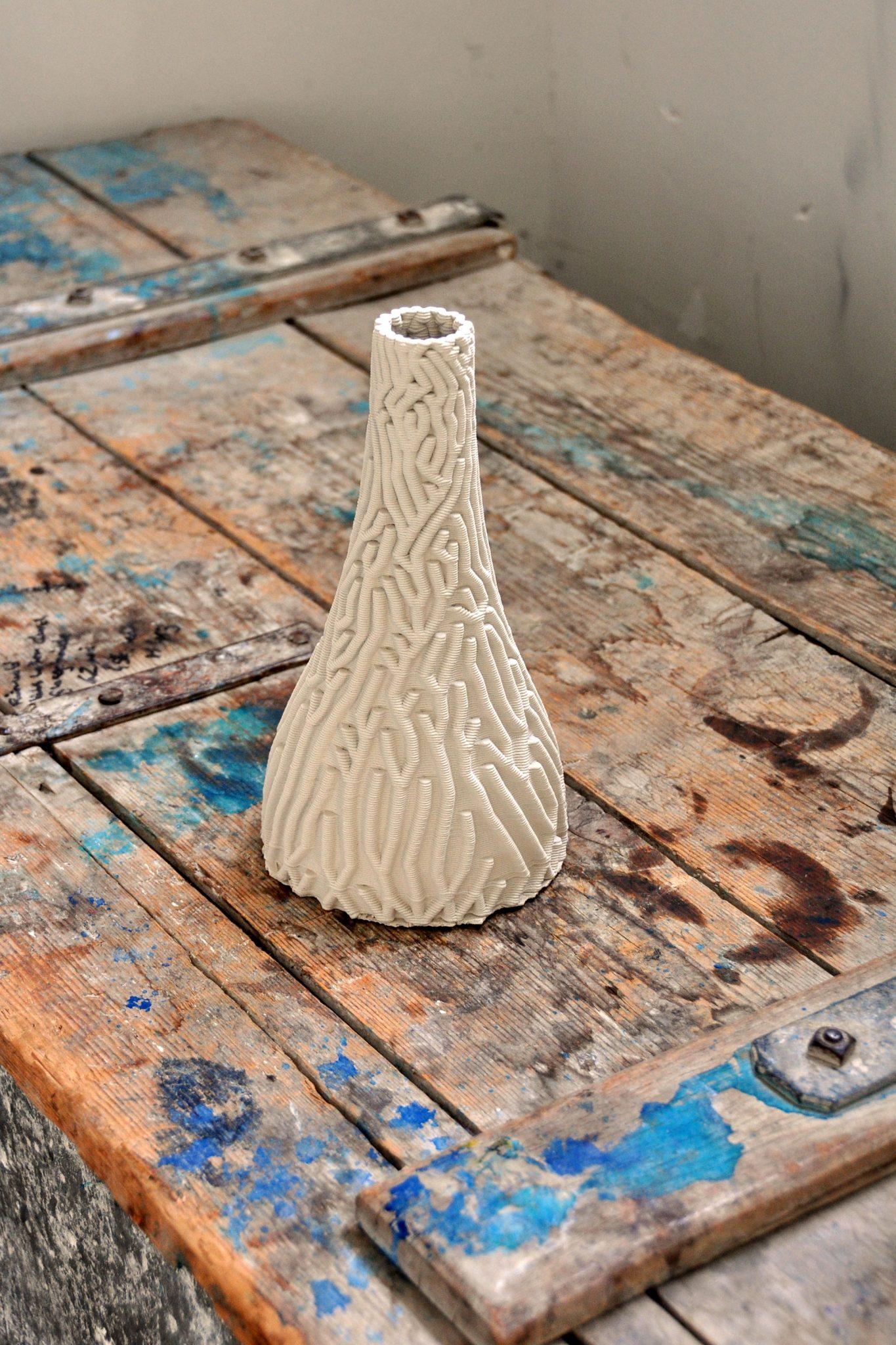 Ceramic vase 3D printed with StoneFlower3D technology. Photo via StoneFlower3D.