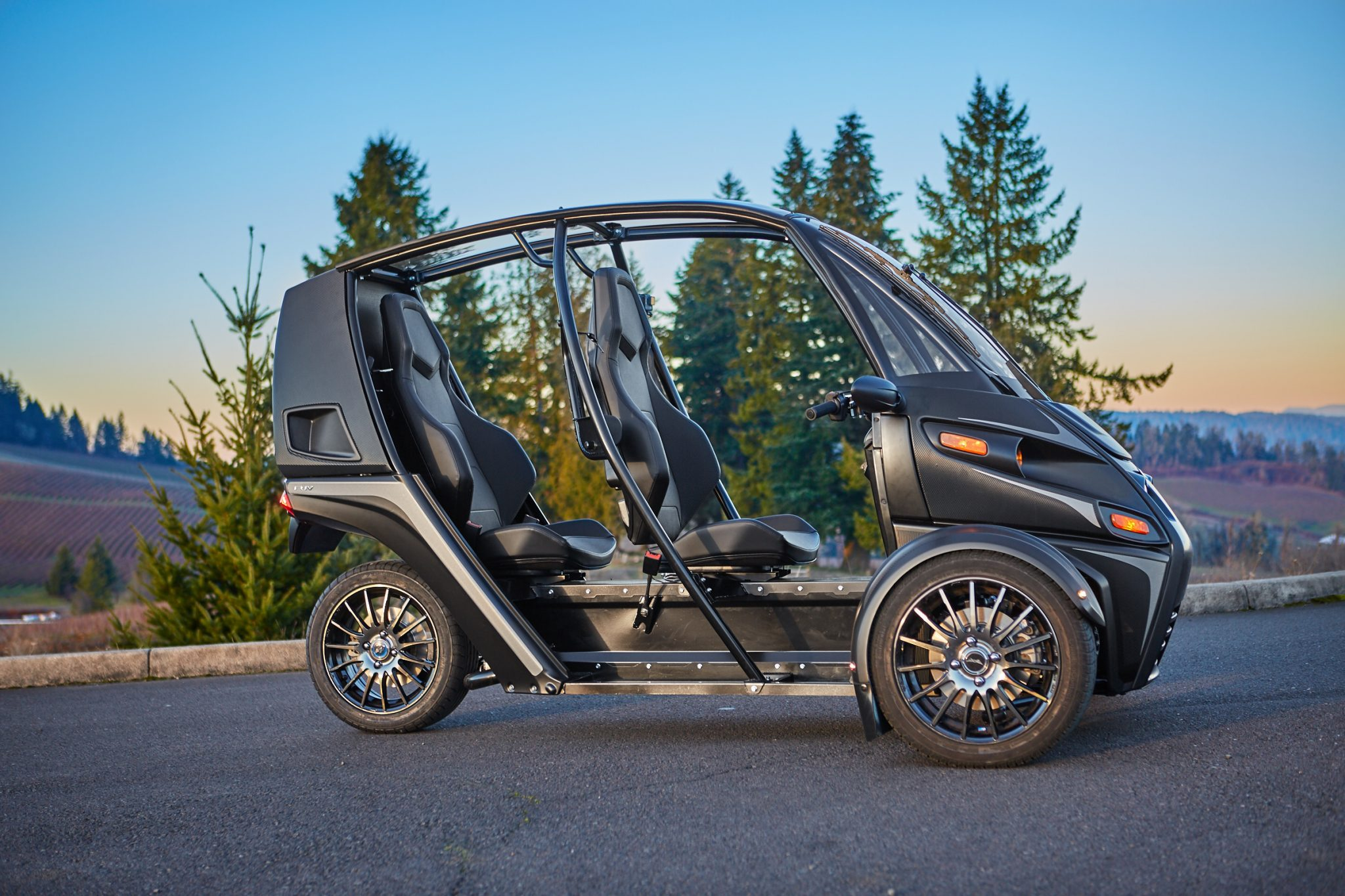 The Arcimoto's Fun Utility Vehicle is integrated with 3D printed suspension parts. Photo via Arcimoto.
