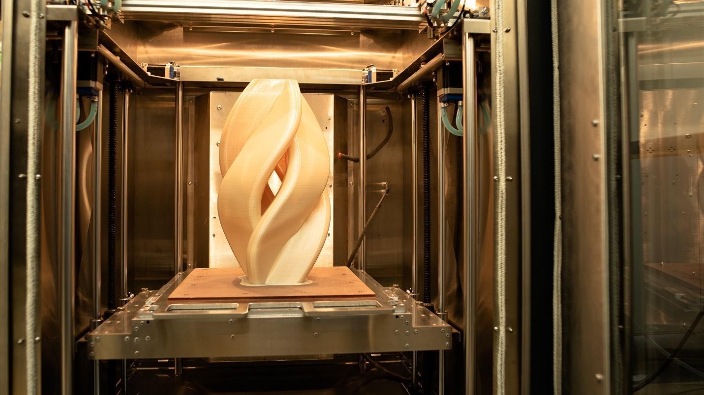 3D printed part in the AON-M2 2020. Photo via AON3D.
