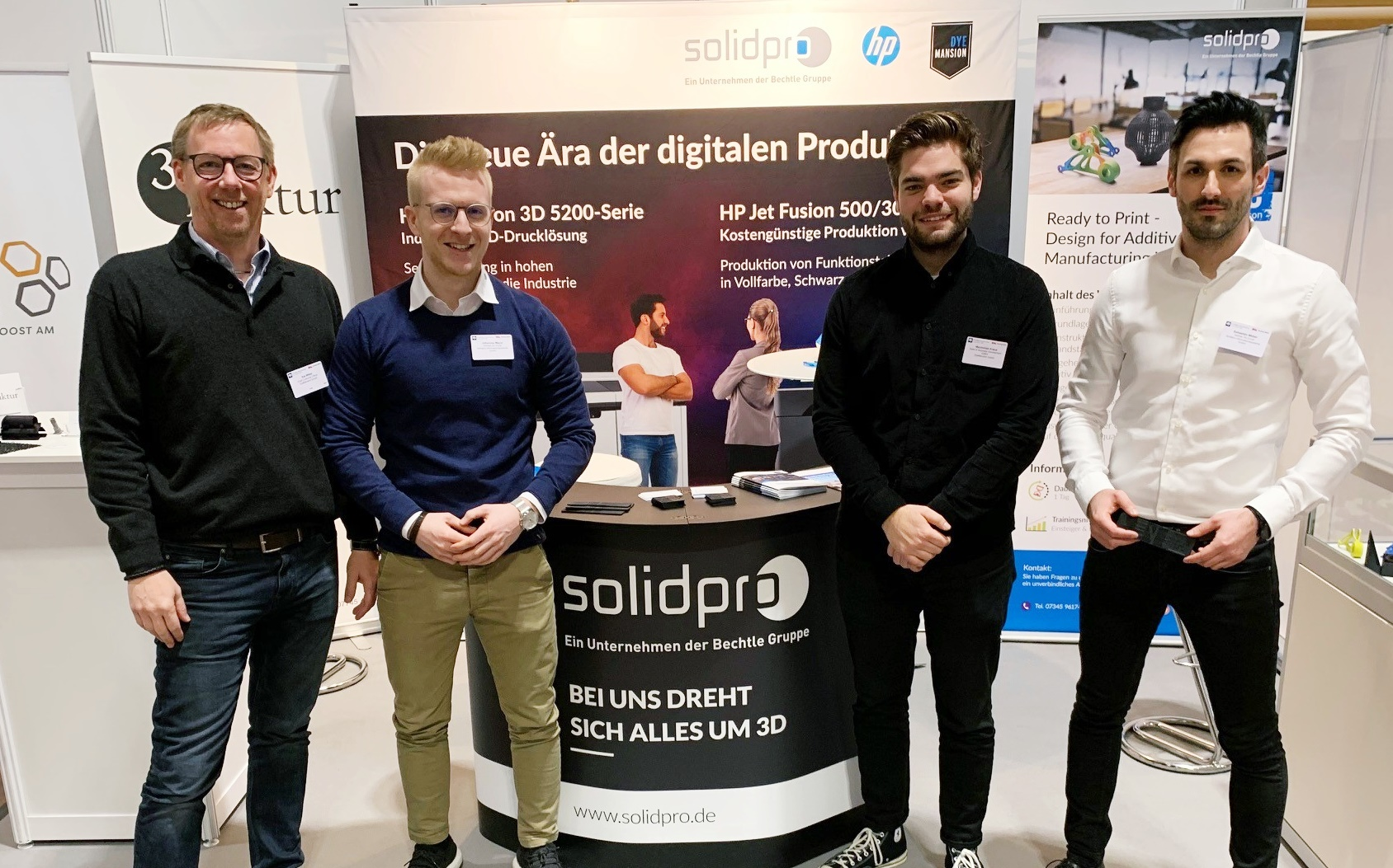 Solidpro and DyeMansion at AM Forum. Photo via Solidpro.