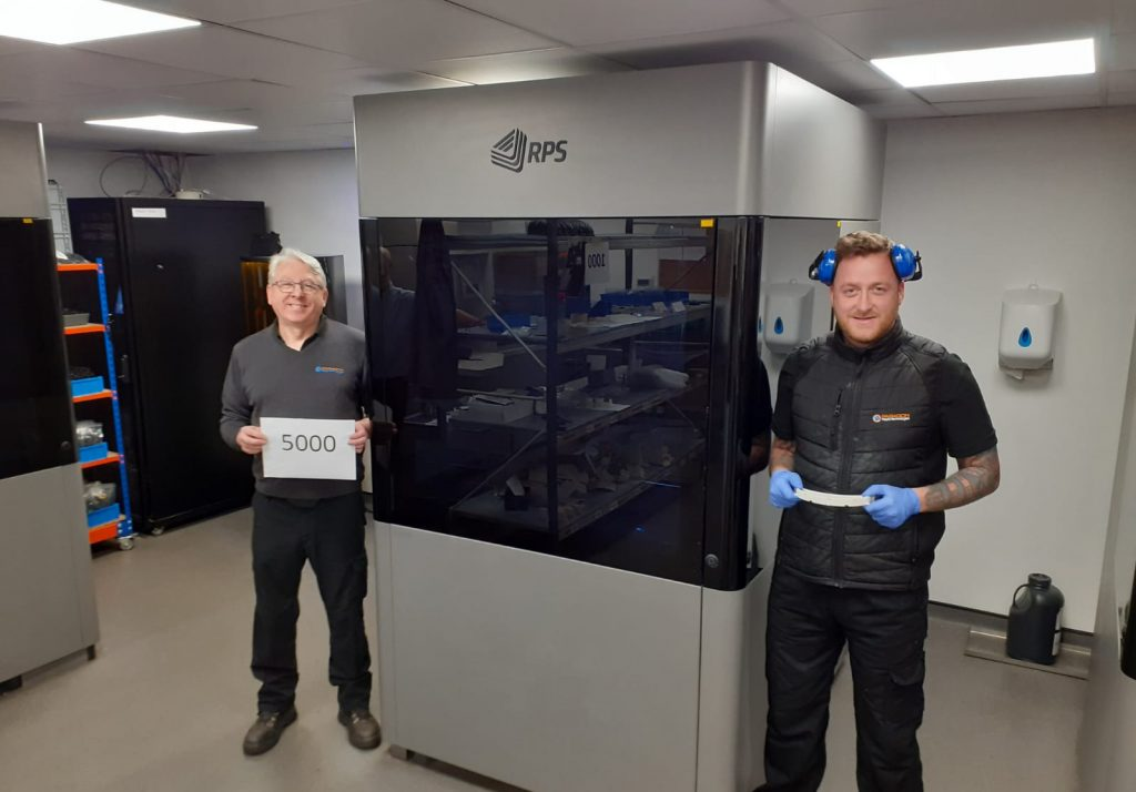 Paragon RT prints 5000 visors. Photo via Paragon RT.
