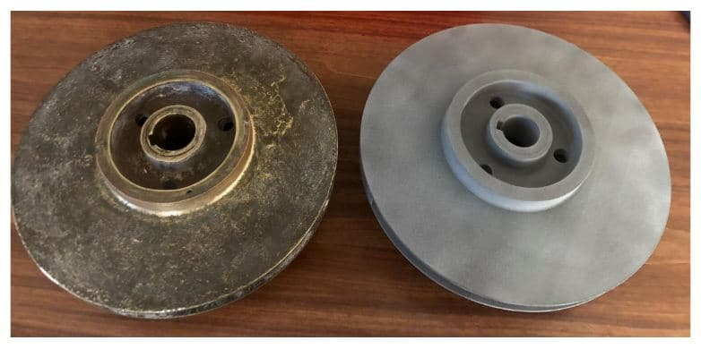 The original impeller part (left), next to the 3D printed version (right). Photo via think3D.