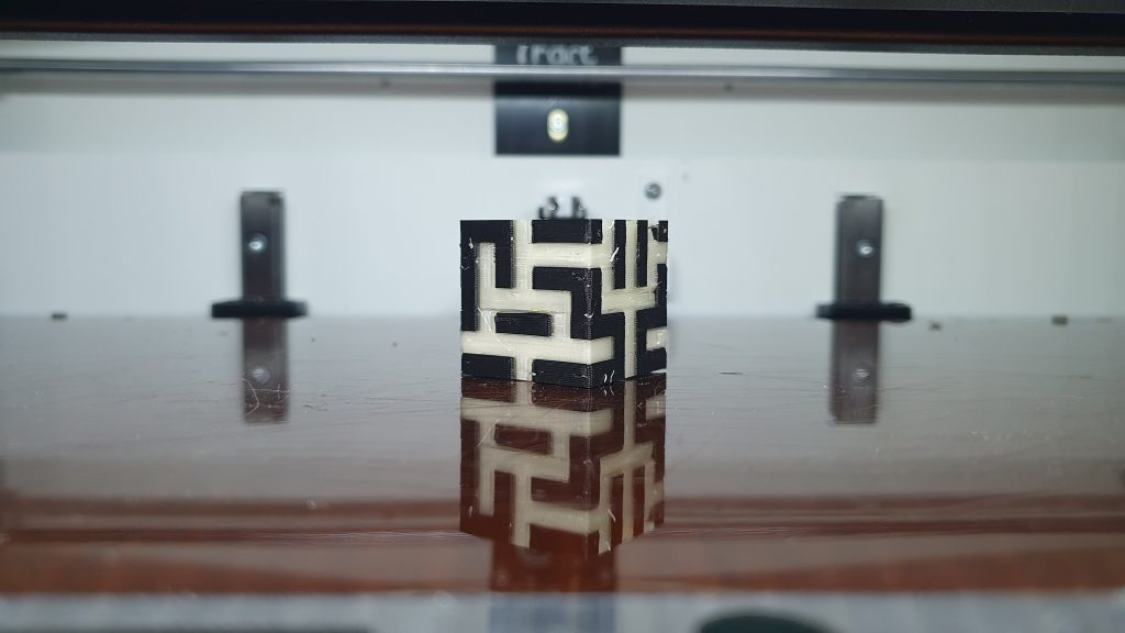 PVA support test. Photos by 3D Printing Industry.