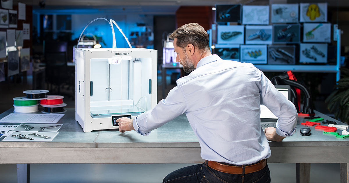 New 3D printing jobs at Bluedge, new appointments at Made In House, Relativity House, Formlabs, AMT and Poietis 1