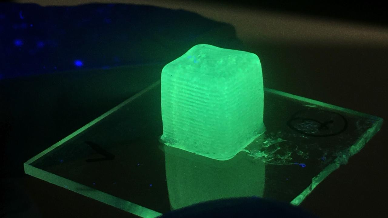 Material printed with the Wan Lab's new droplet-based 3D printing method. Photo via Jiandi Wan.