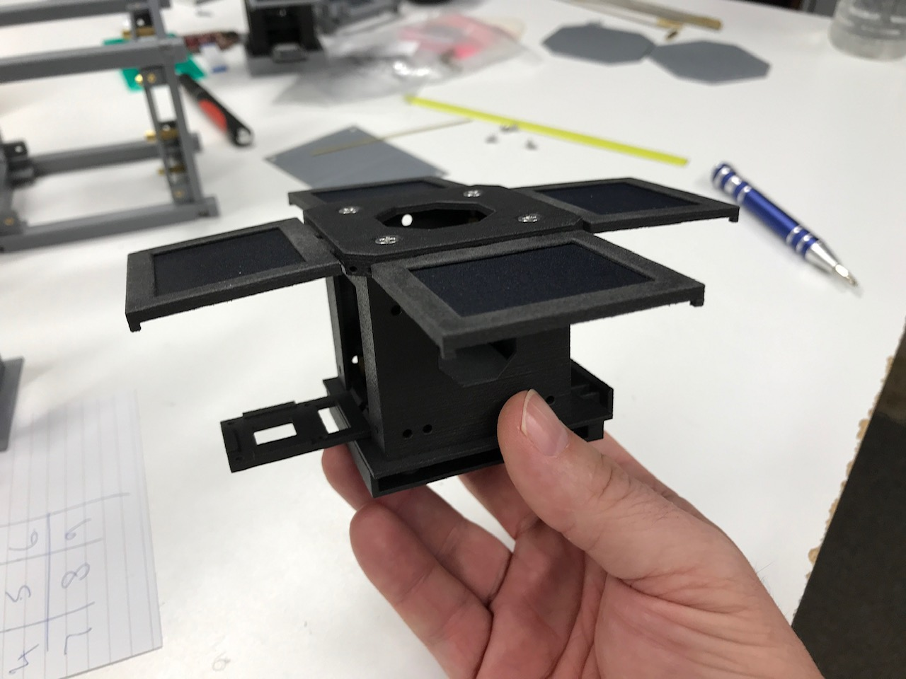 First assembly of the Windform Frame. Photo via Mini-Cubes.