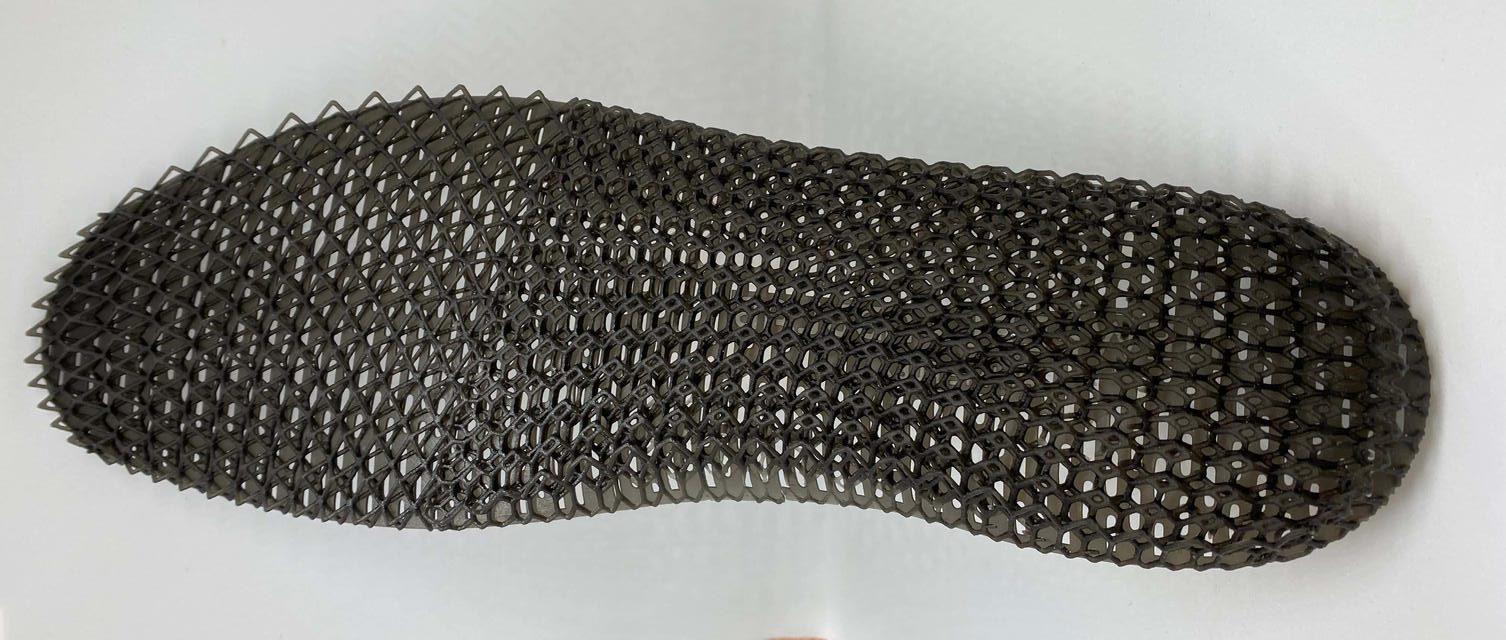 Decathlon shoe insole 3D printed using Figure 4 RUBBER-BLK 10. Photo via Decathlon.