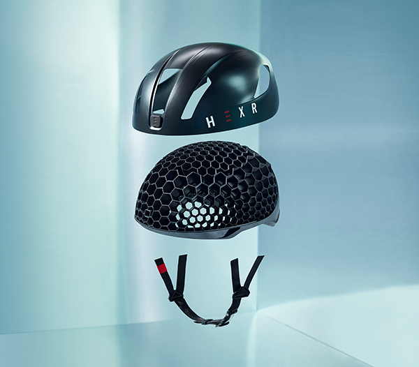 The 3D printed helmet assembly. Image via HEXR.