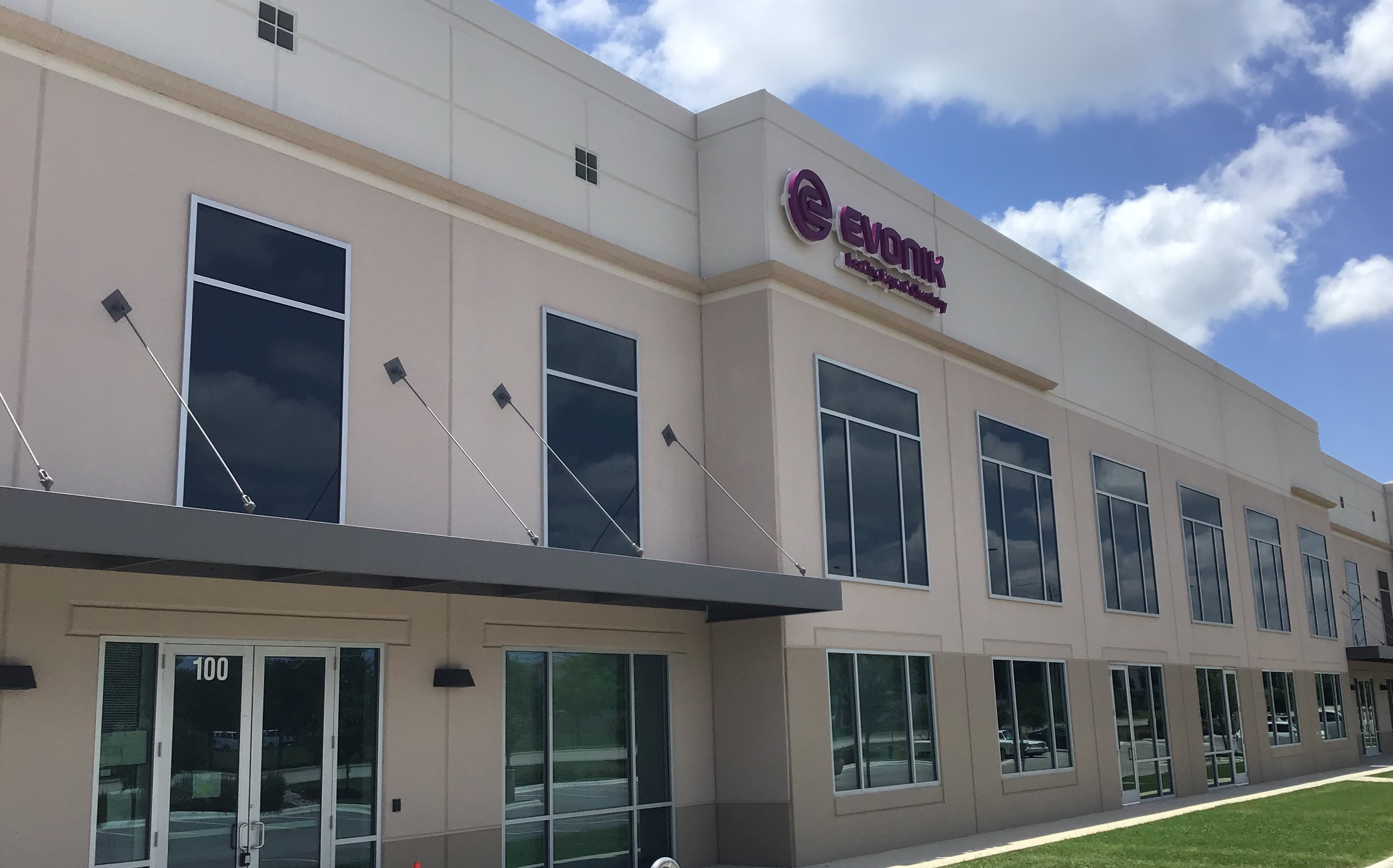 Evonik has opened its new facility in Texas (pictured) in order to develop new 3D printing materials. Photo via Evonik.