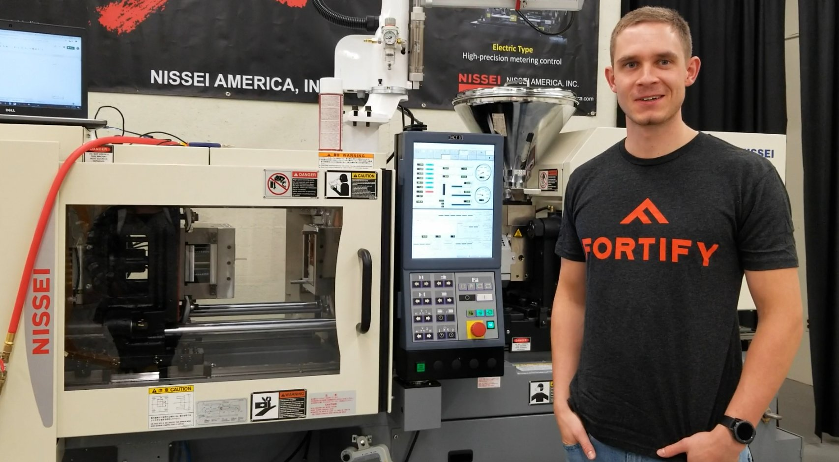 Fortify are currently hiring for a range of 3D printing certification engineering roles. Photo via Fortify.