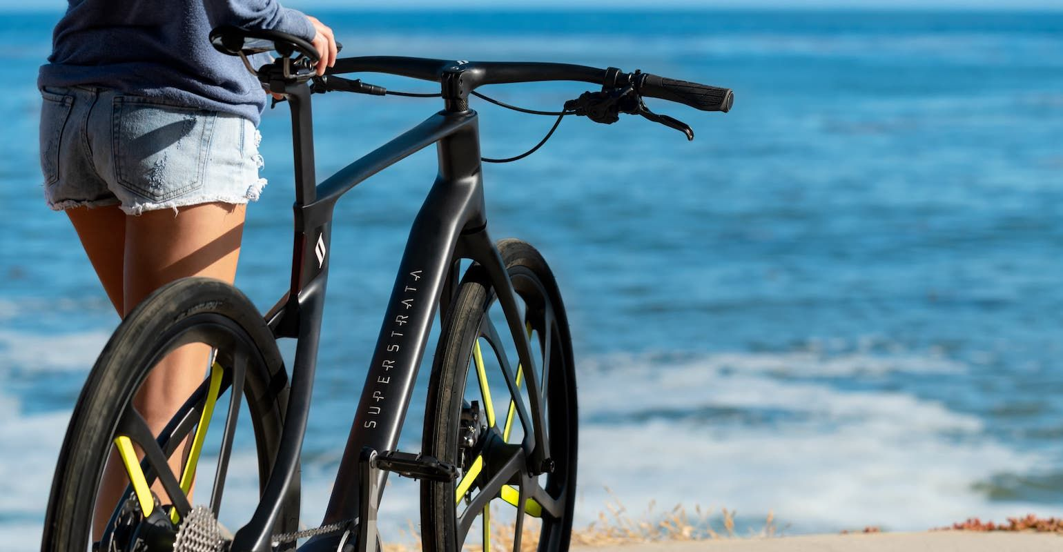 AREVO has used its Aqua 2 3D printer to produce 3D printer to produce unified composite bike frames with start-up Superstrata. Photo via Superstrata.