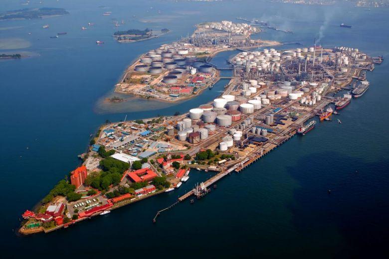 Shell's Pulau Bukom manufacturing site. Photo via Shell Singapore.