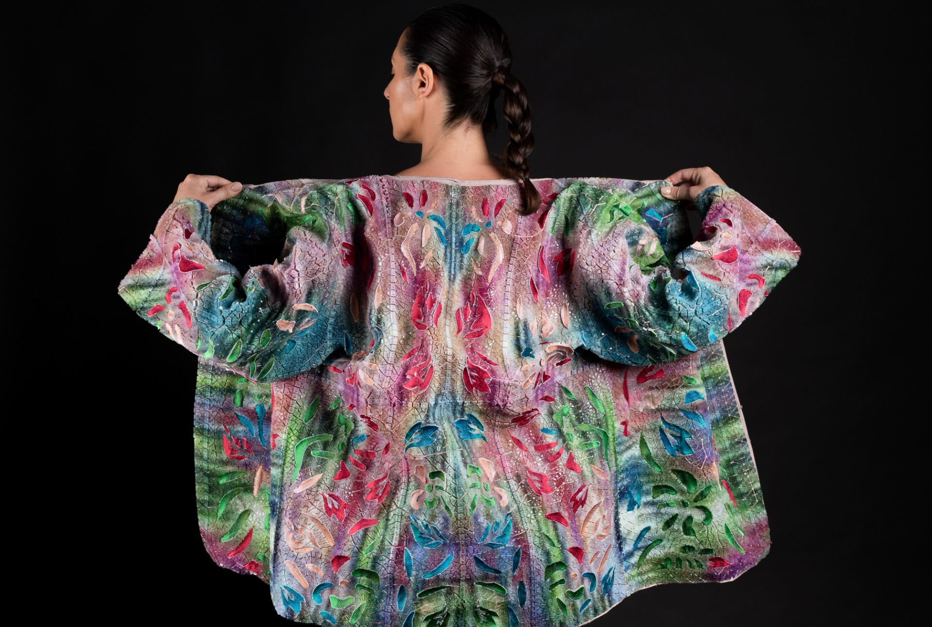Japanese-style kimono produced by Ganit Goldstein using direct-to-textile multi-color 3D printing. Image via Stratasys.
