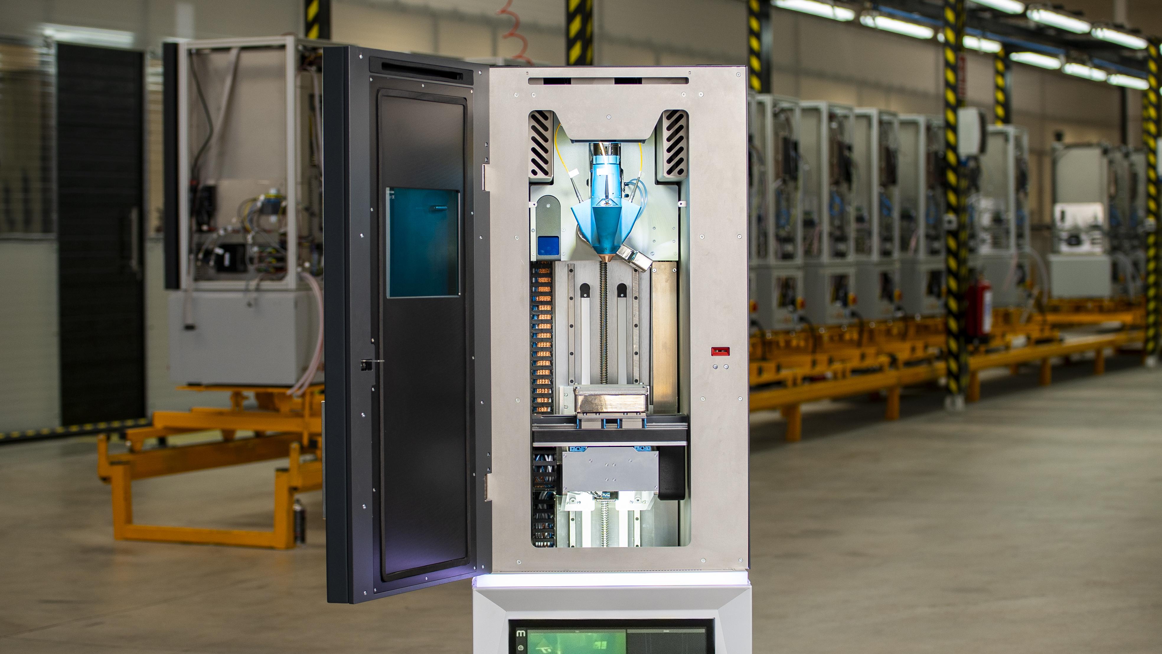 Meltio's M450 small-footprint industrial metal 3D printer. Image via Meltio.