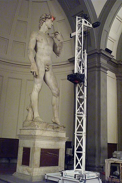 Stanford University team replicating the David using the Stanford Large Statue Scanner. Photo via Stanford University.