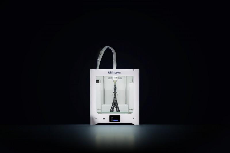 The Ultimaker 2+ Connect 3D printer. Image via Ultimaker.