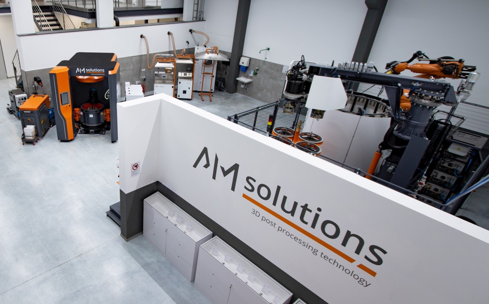 AM Solutions' new facility has been built with a focus on providing an optimized post-processing service to its clients. Photo via the Roesler Group.