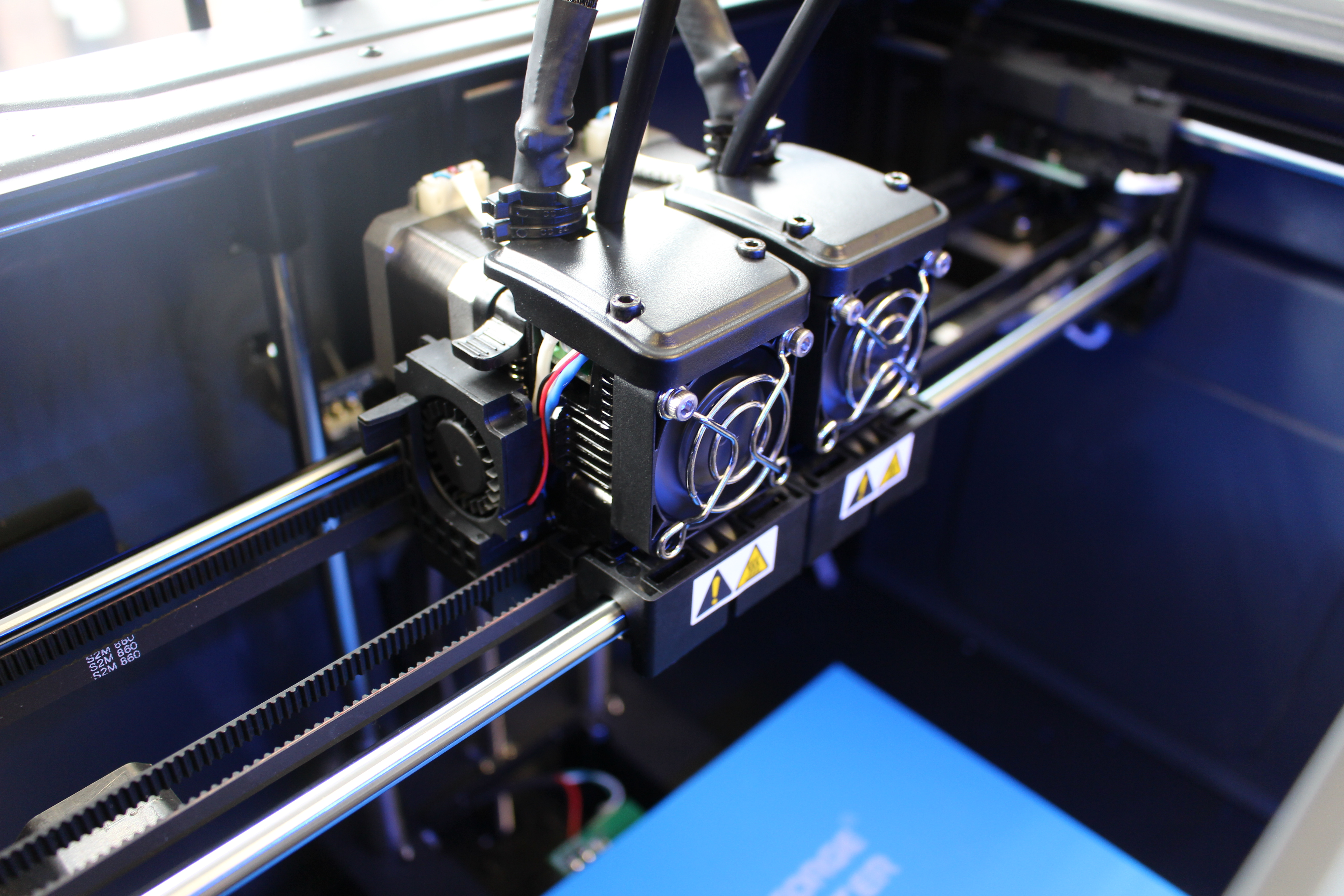 The Creator Pro 2's IDEX setup. Photo by 3D Printing Industry.