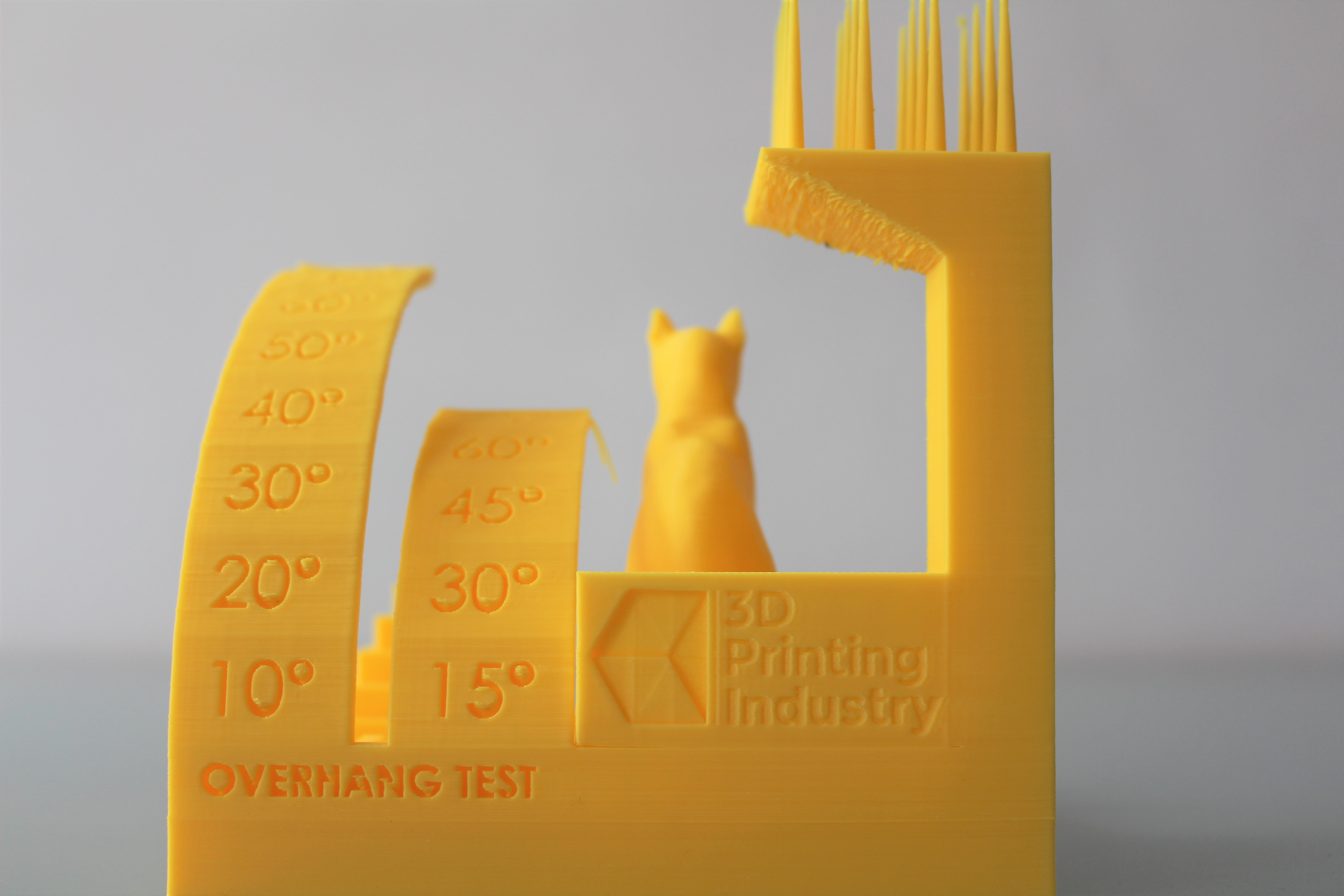 The overhang and retraction test sections. Photo by 3D Printing Industry.
